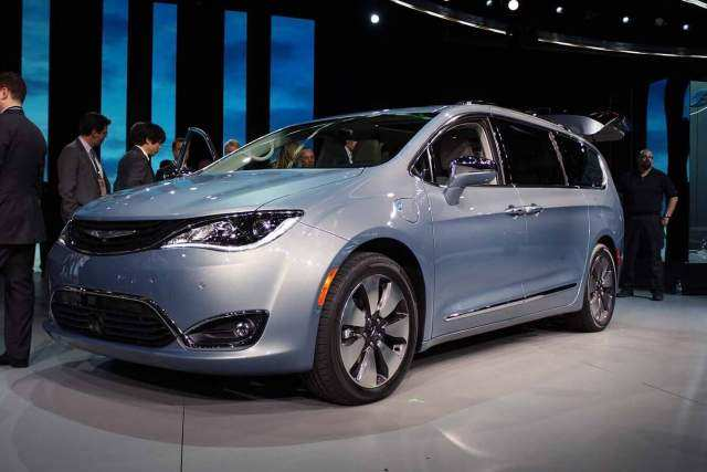 60 The Best 2020 Chrysler Town Country Rumors