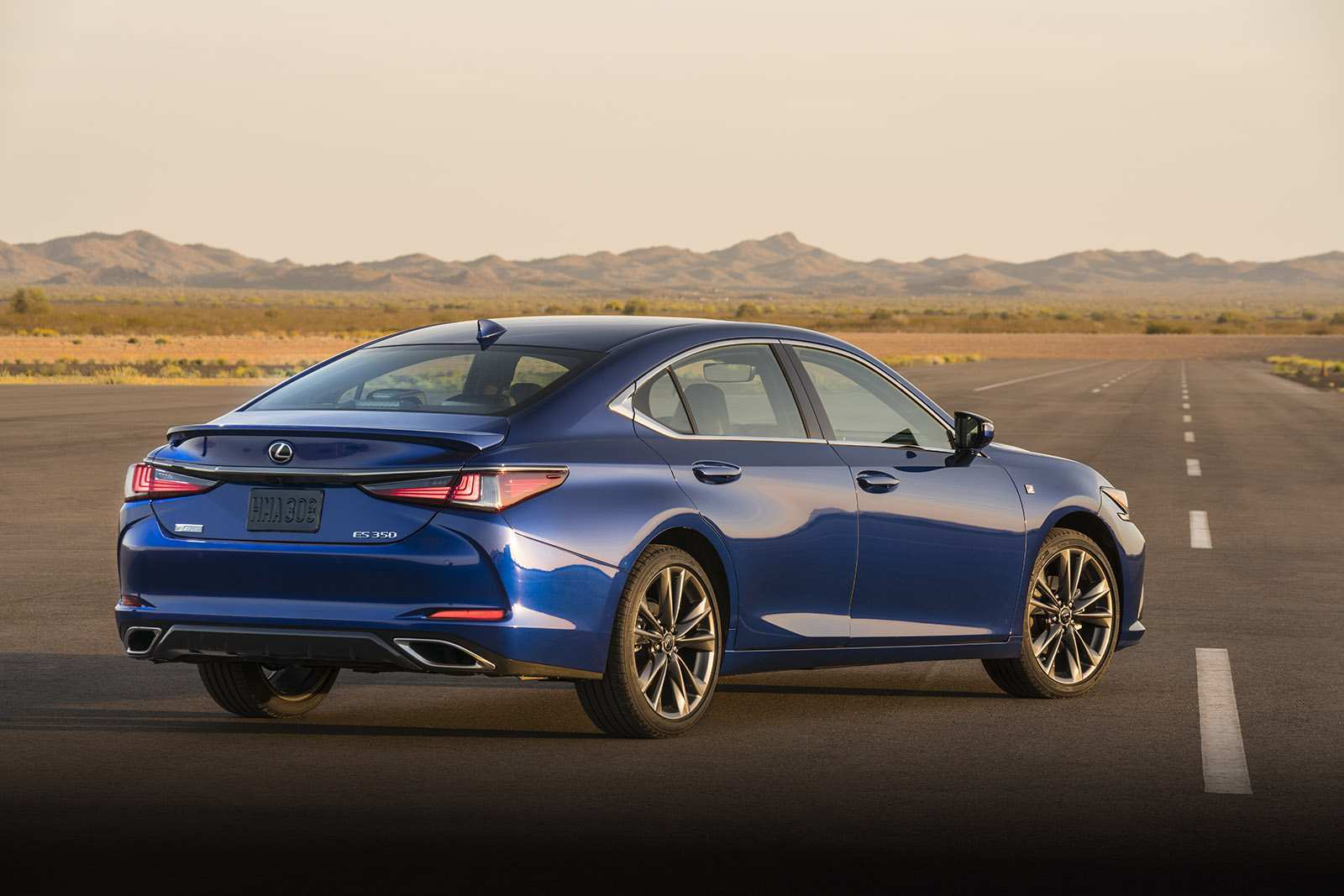 60 The Best Lexus Es 2019 Vs 2018 Review