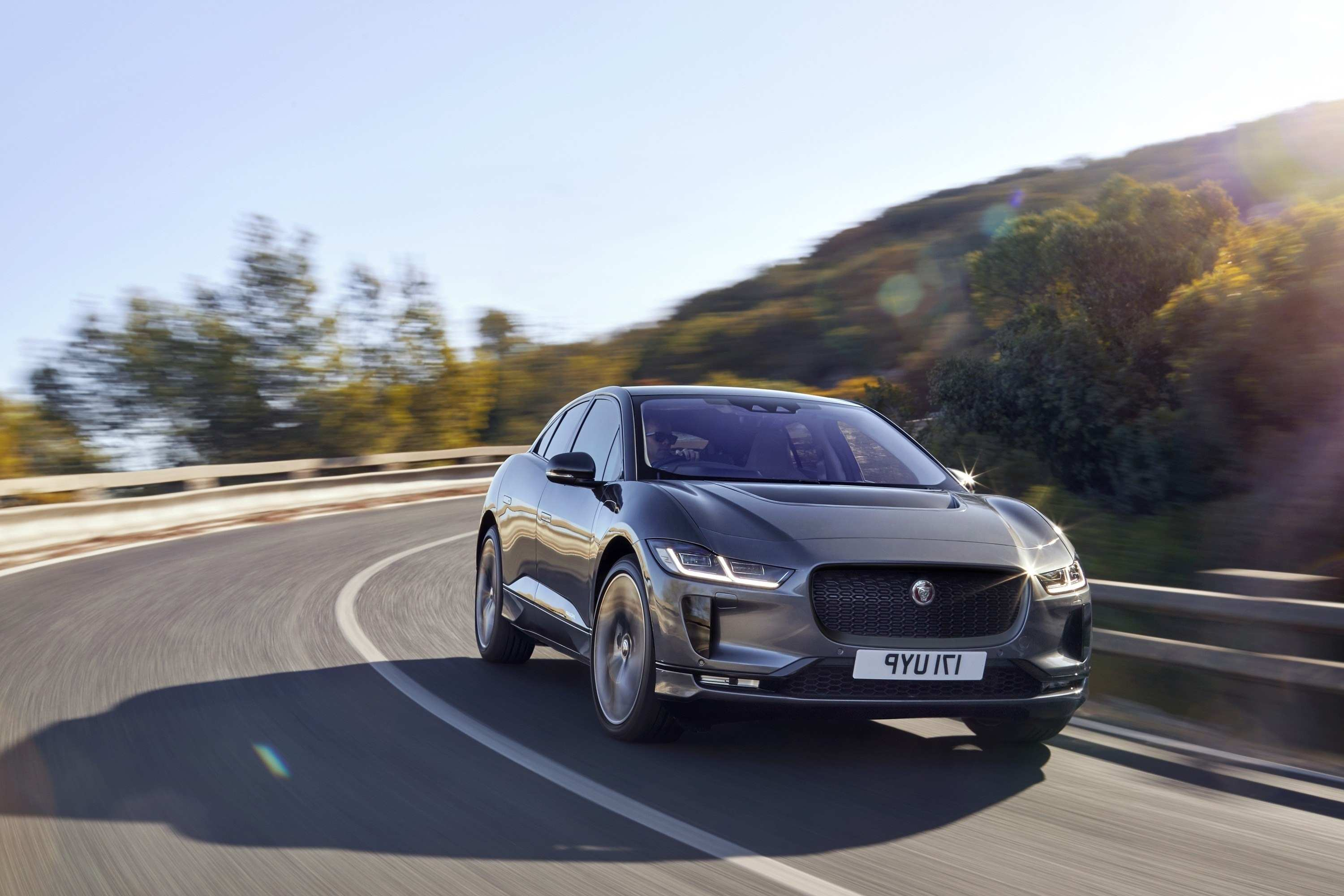 61 A 2019 Jaguar Xq Crossover Specs And Review