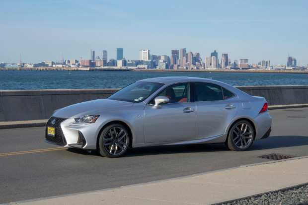 61 A 2019 Lexus IS350 Spesification