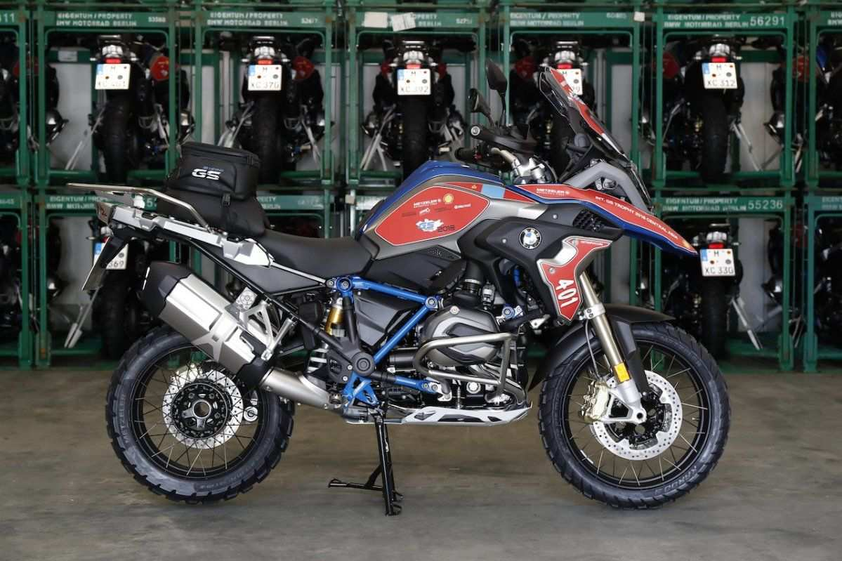 61 All New BMW R1200Rs 2020 Picture