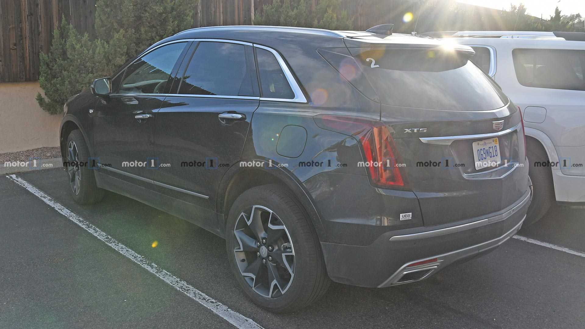 61 The 2020 Spy Shots Cadillac Xt5 Redesign And Concept