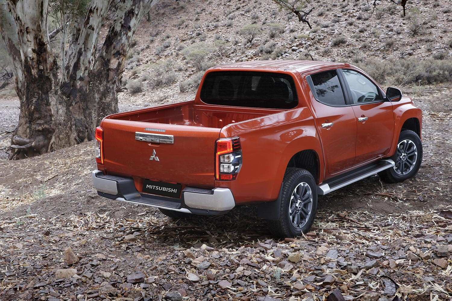 61 The Best 2019 Mitsubishi L200 Redesign And Concept