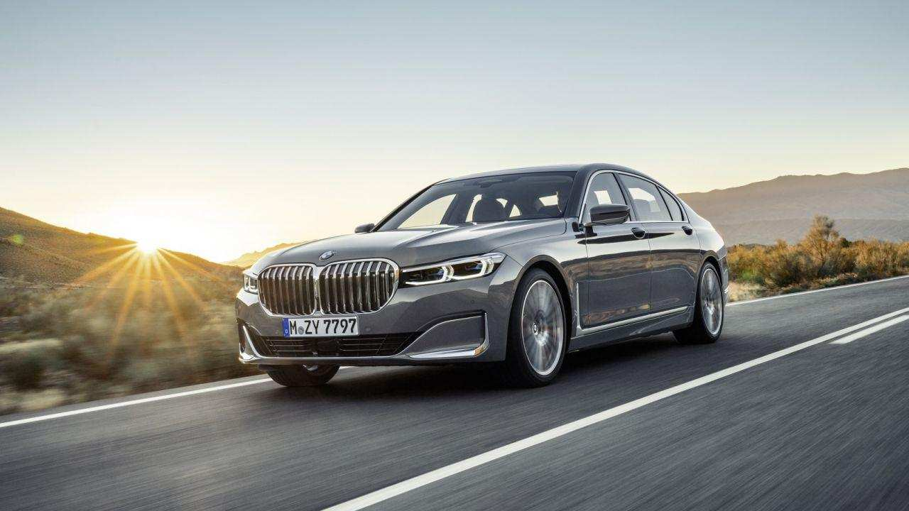 62 The 2020 BMW 7 Series Order Guide Performance