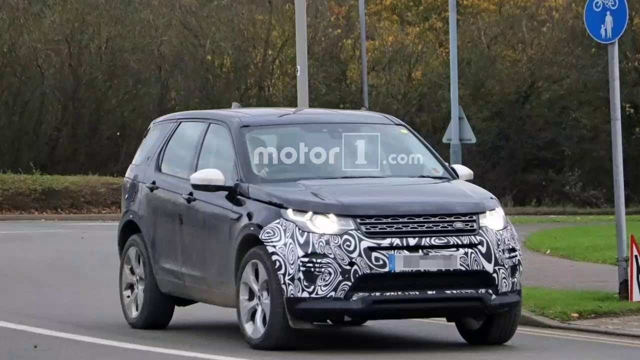 62 The 2020 Land Rover Lr2 Images