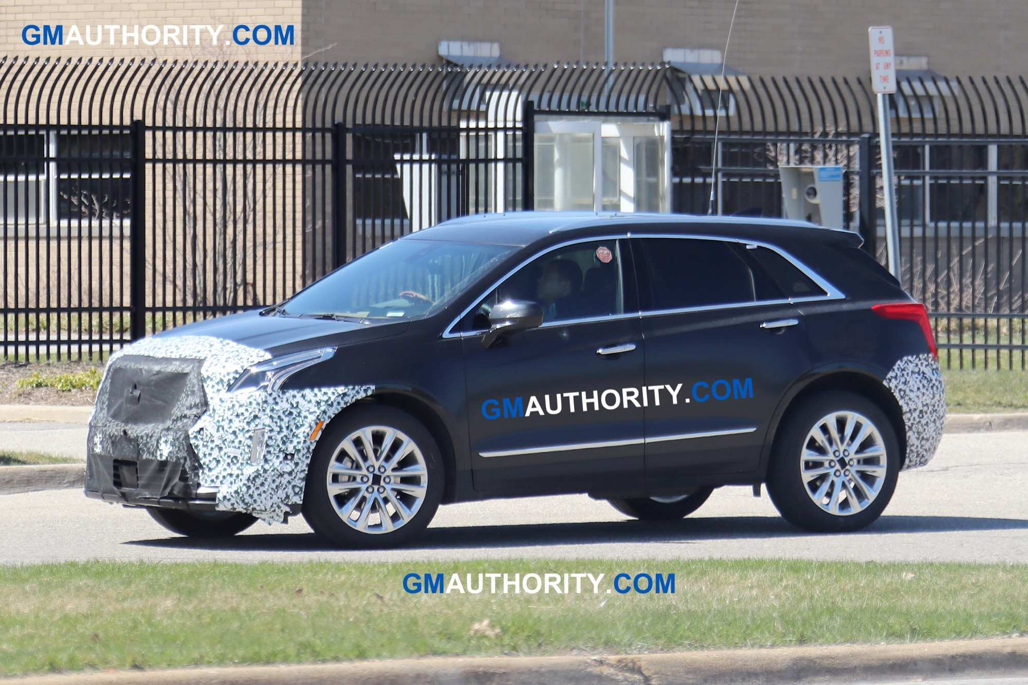 62 The 2020 Spy Shots Cadillac Xt5 Performance And New Engine