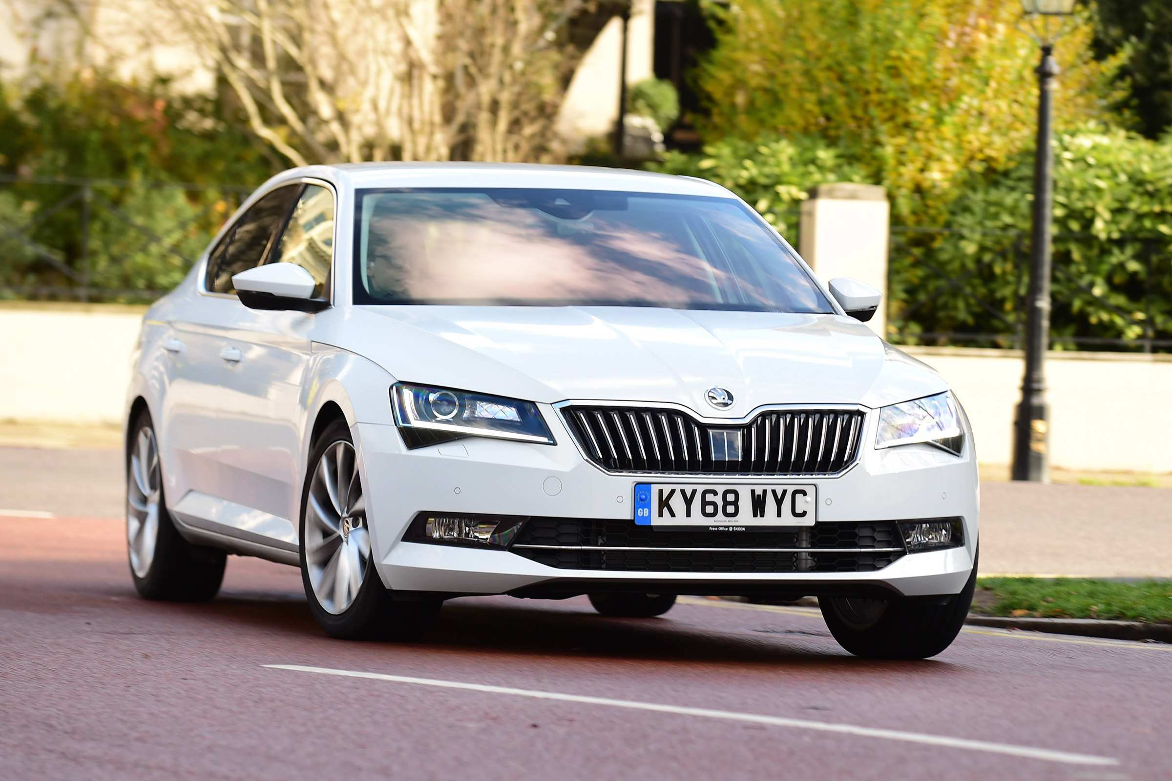 62 The Best 2019 New Skoda Superb Speed Test