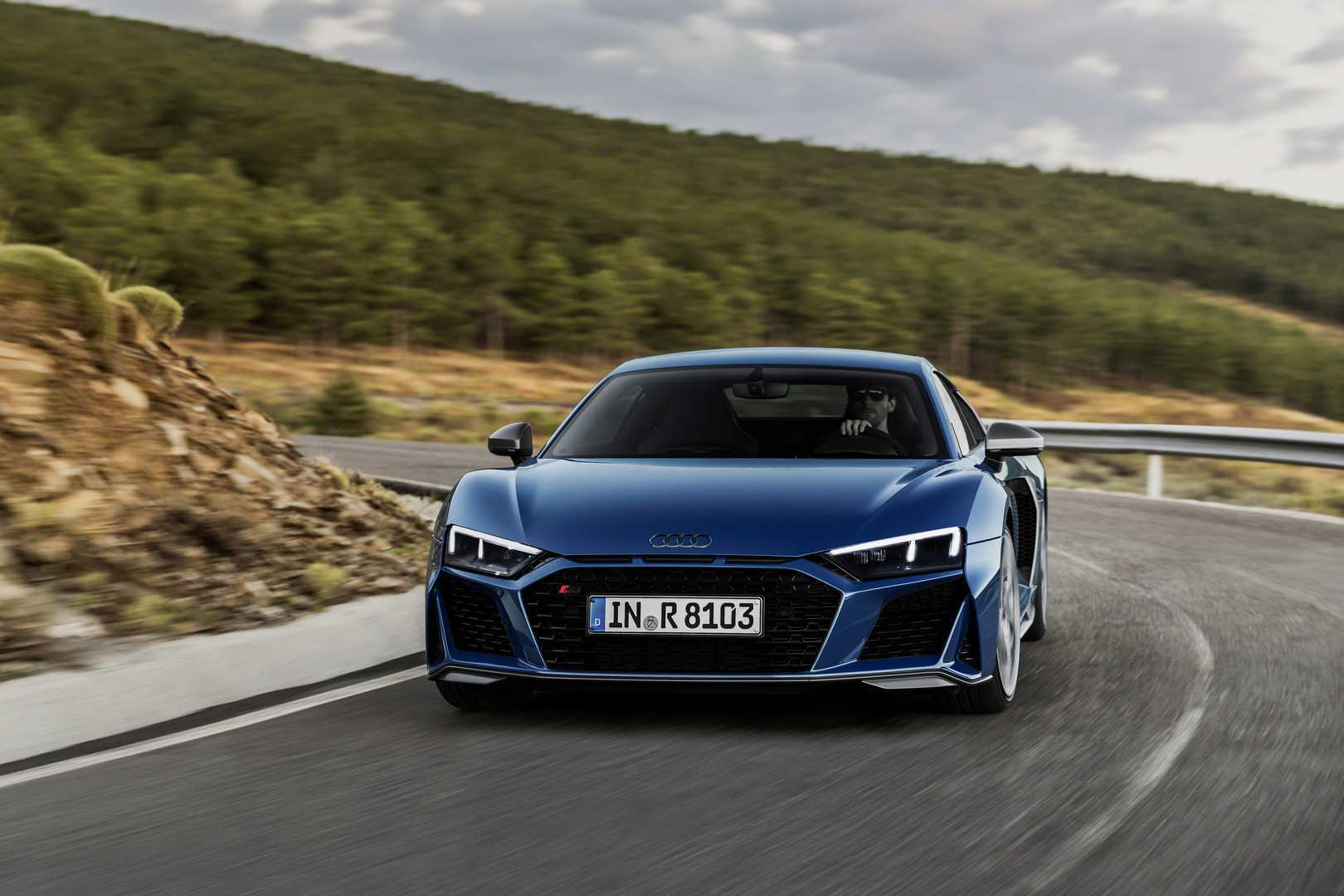 63 A 2019 Audi R8 V10 Spyder Exterior And Interior