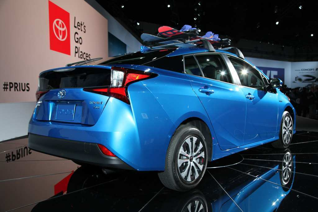 63 A 2019 Toyota Prius Pictures