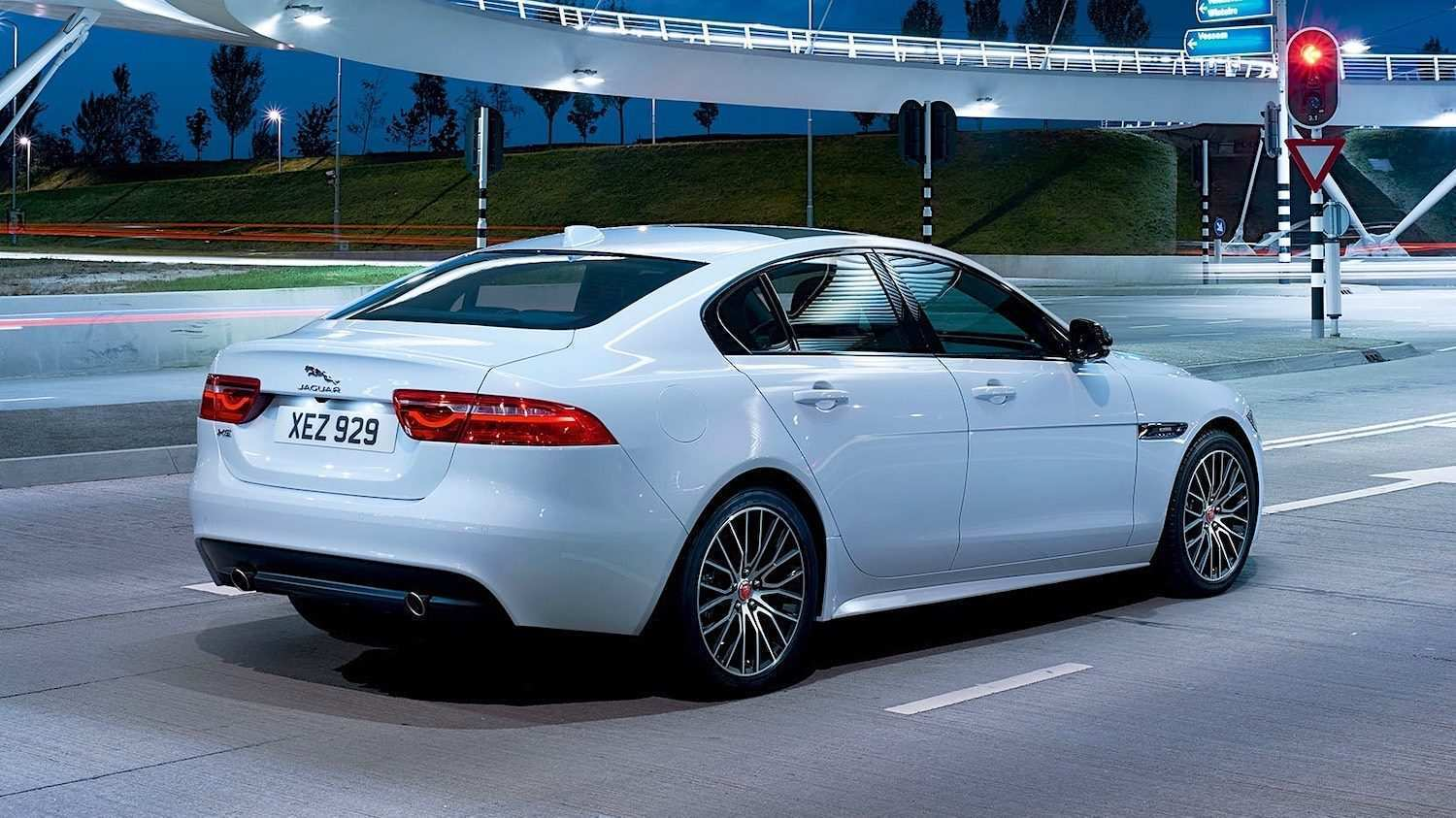 63 The Best 2019 Jaguar Xe Landmark Reviews
