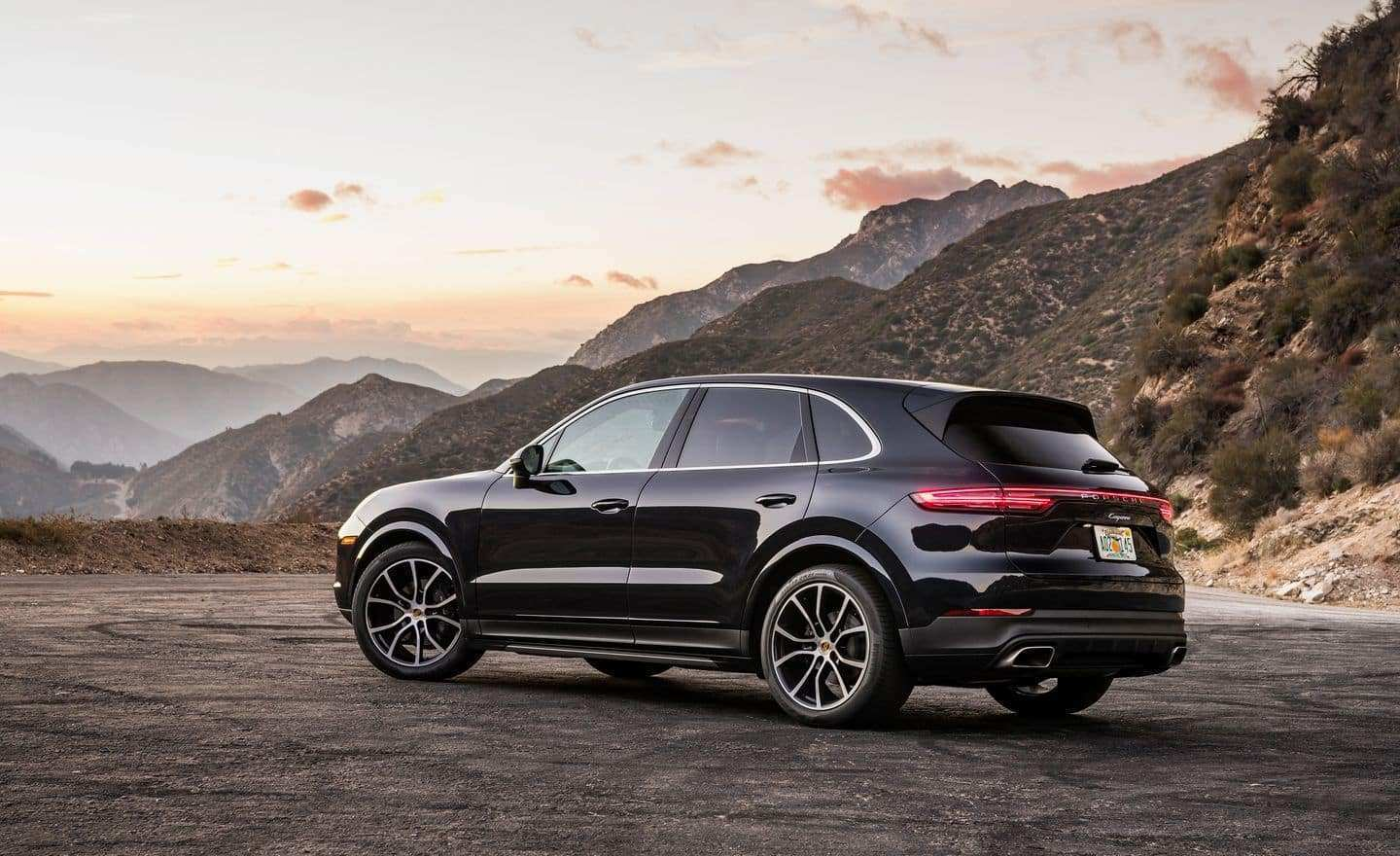 64 A 2019 Porsche Cayenne Price Design And Review