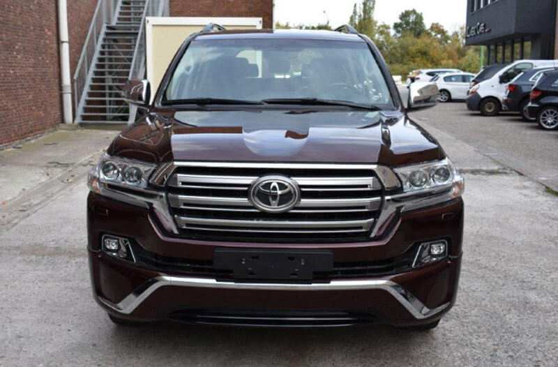 64 A Toyota Land Cruiser V8 2020 Spy Shoot