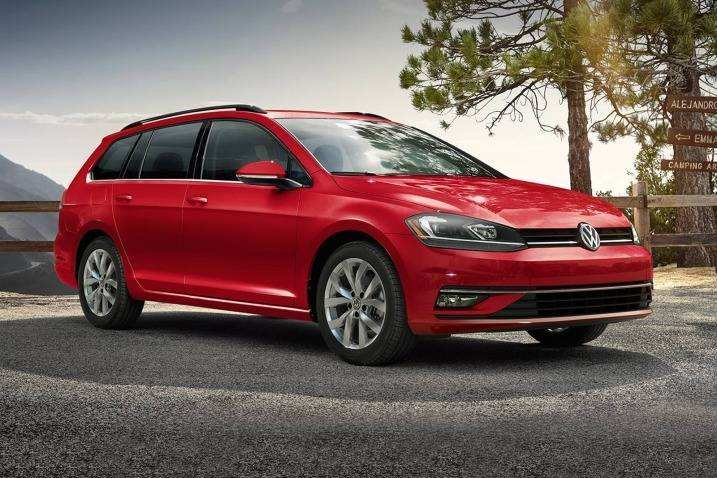 65 A 2019 Vw Golf Sportwagen Interior