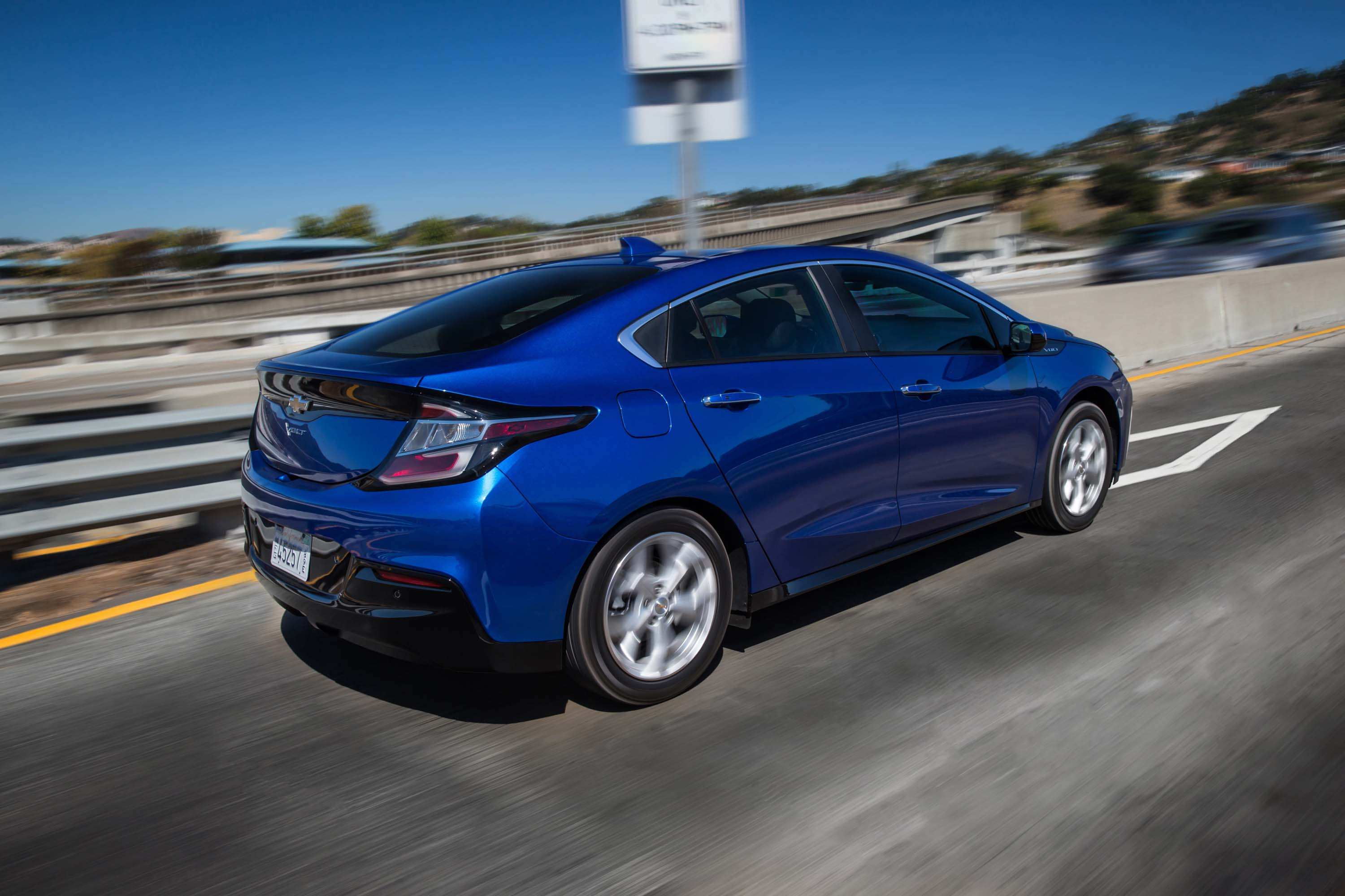 65 A 2020 Chevy Volt Wallpaper