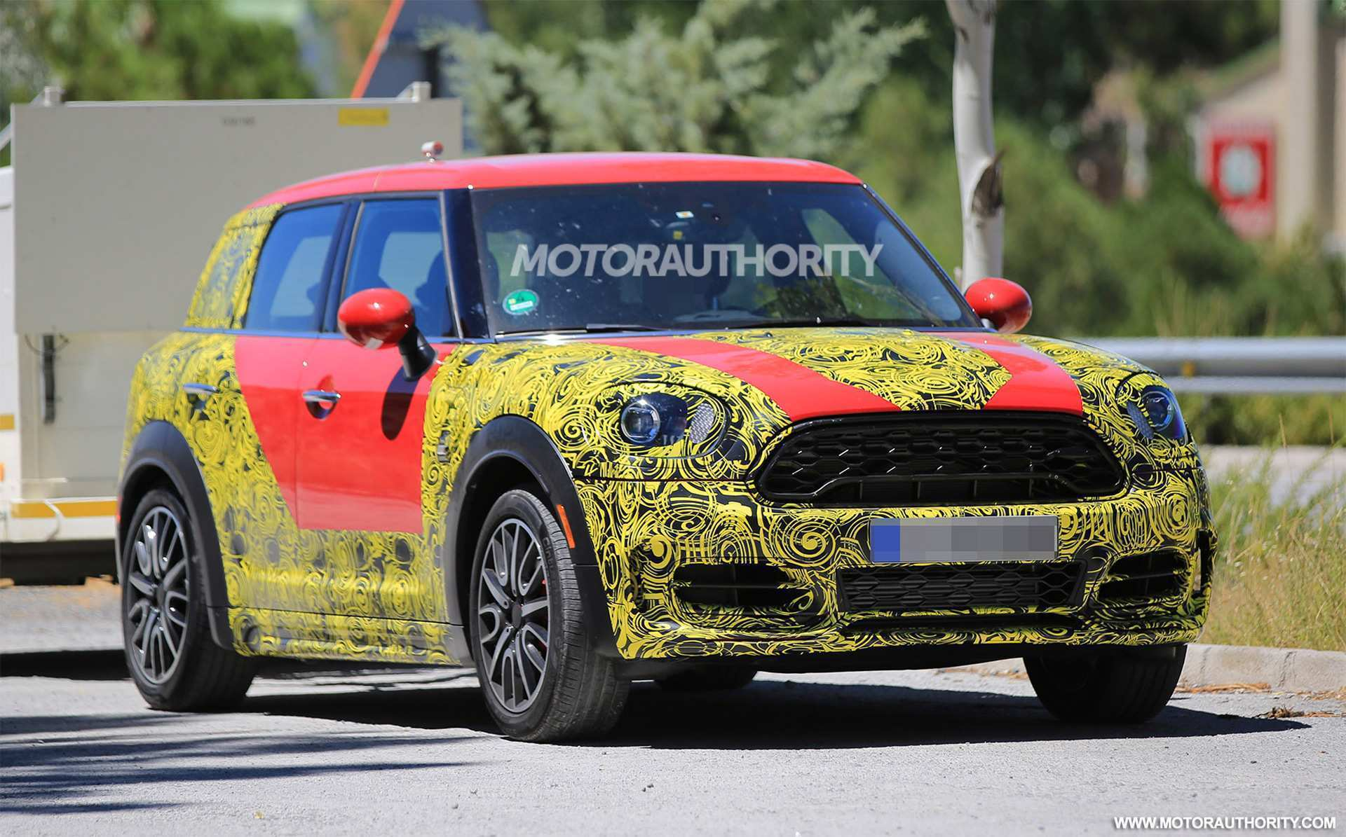 65 A Spy Shots Mini Countryman Redesign And Concept