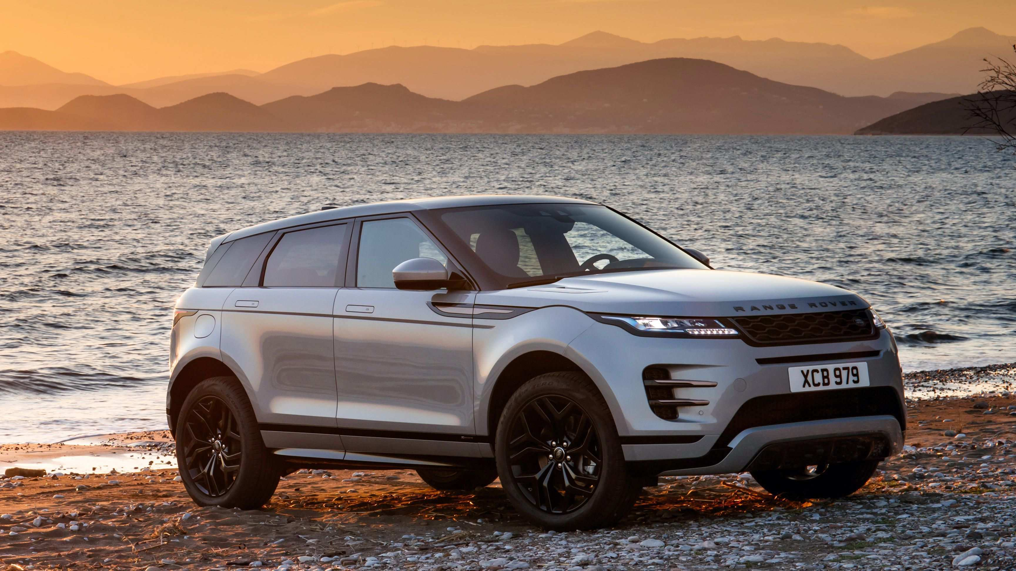 65 The 2020 Range Rover Evoque Pictures