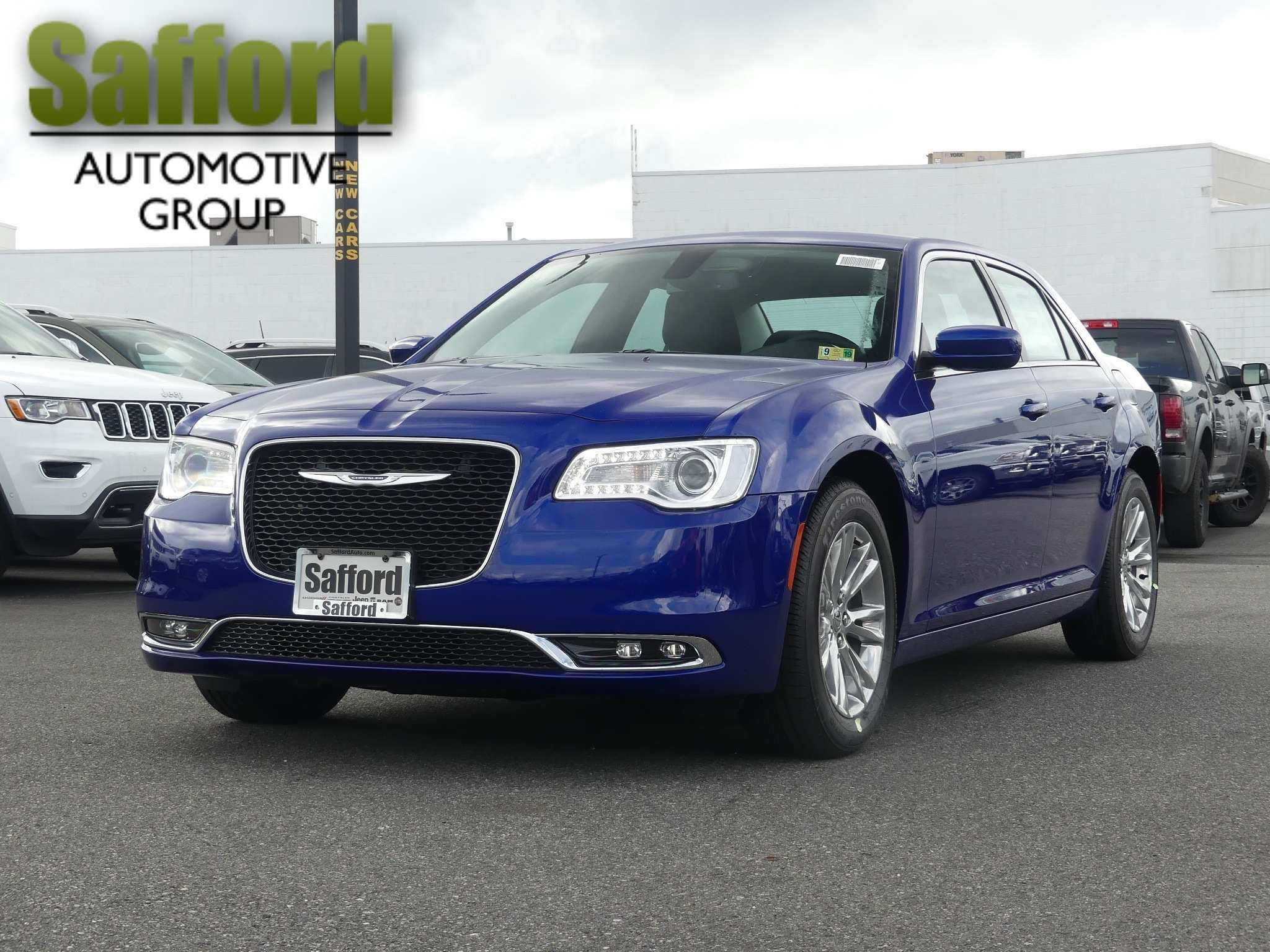 66 The 2019 Chrysler 100 Sedan Release Date