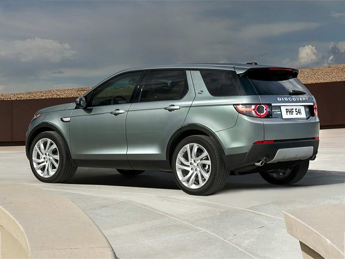 66 The 2019 Land Rover Discovery Sport Overview