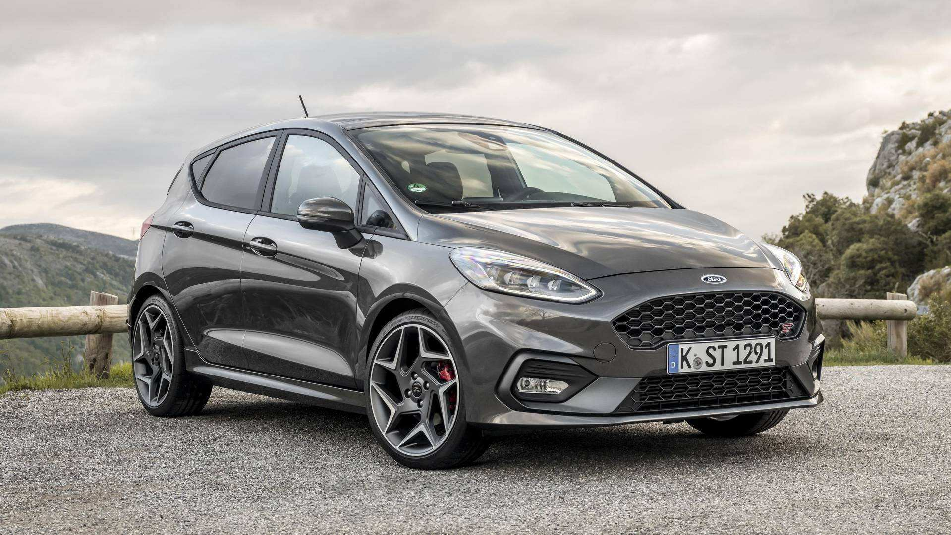 66 The 2020 Ford Fiesta St Rs Ratings