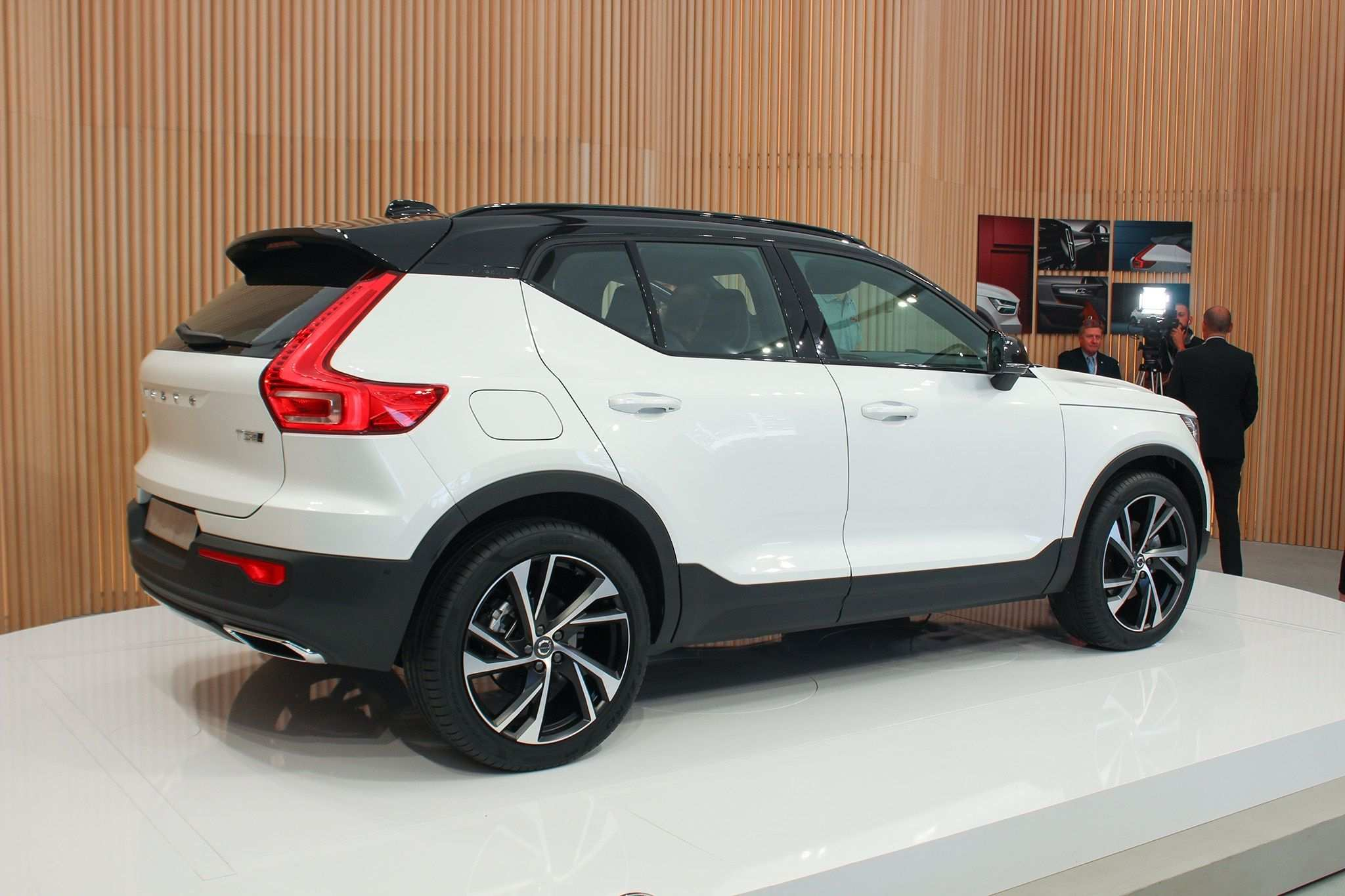 66 The Best 2019 Volvo Xc40 Length Wallpaper