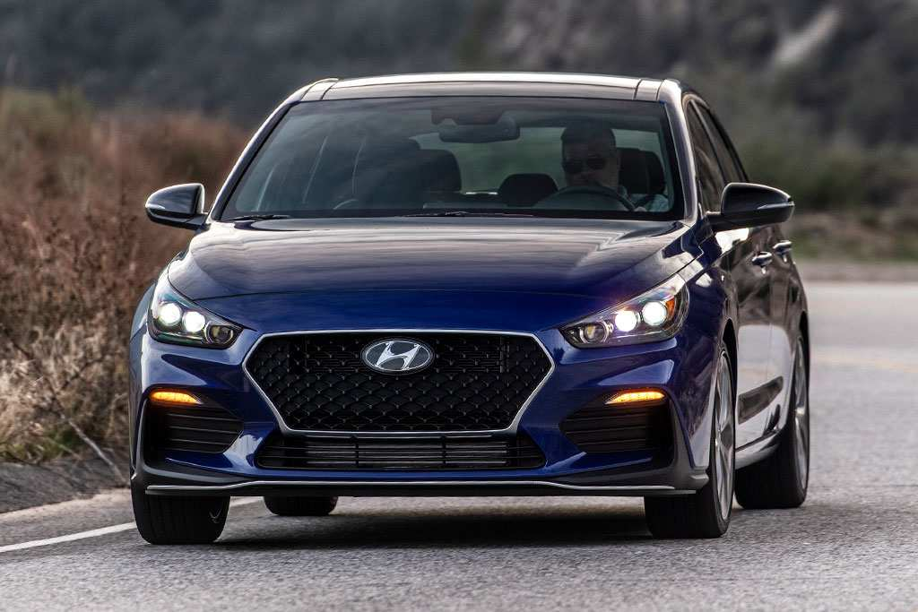 67 A 2019 Hyundai Elantra Gt Price And Review