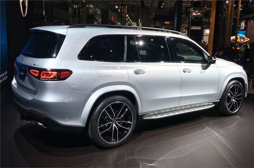 67 A 2019 Mercedes GLS Pictures