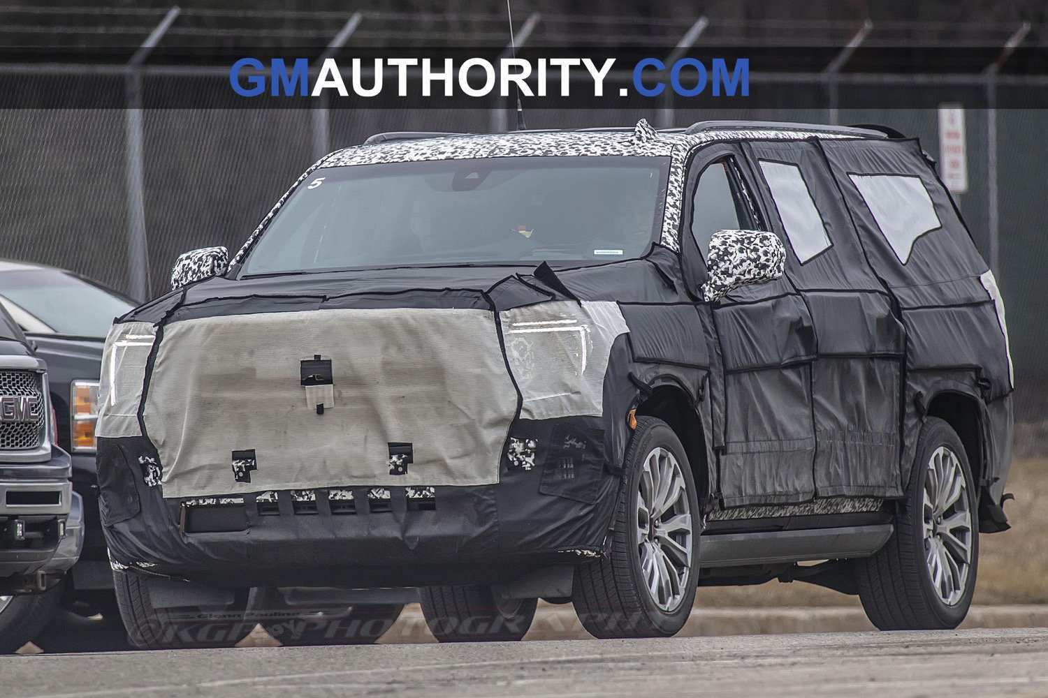 67 A 2020 GMC Yukon Spy Photos Performance