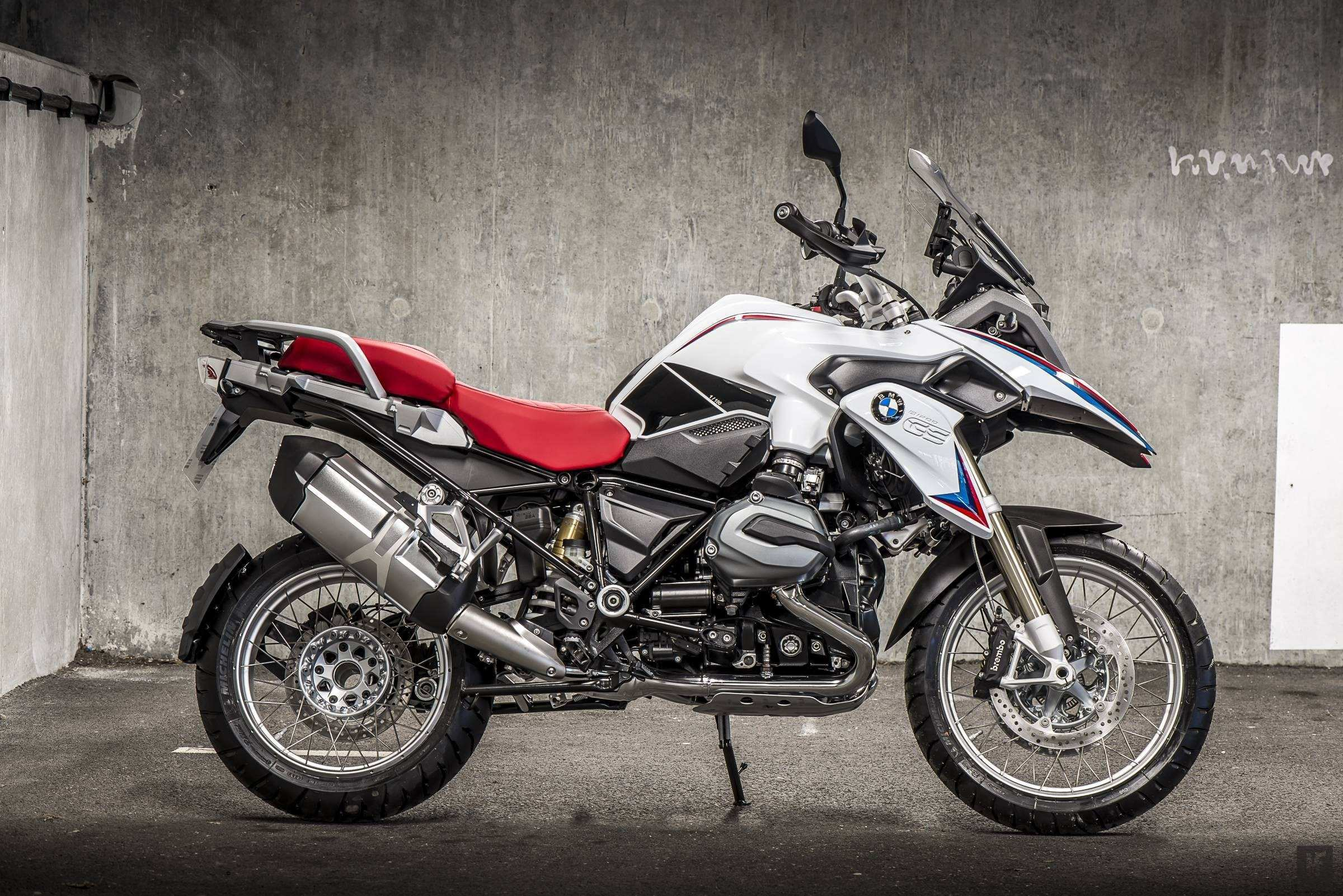 67 A BMW R1200Rs 2020 Redesign And Concept