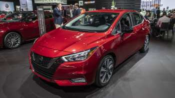 67 A Nissan Versa 2020 New Review