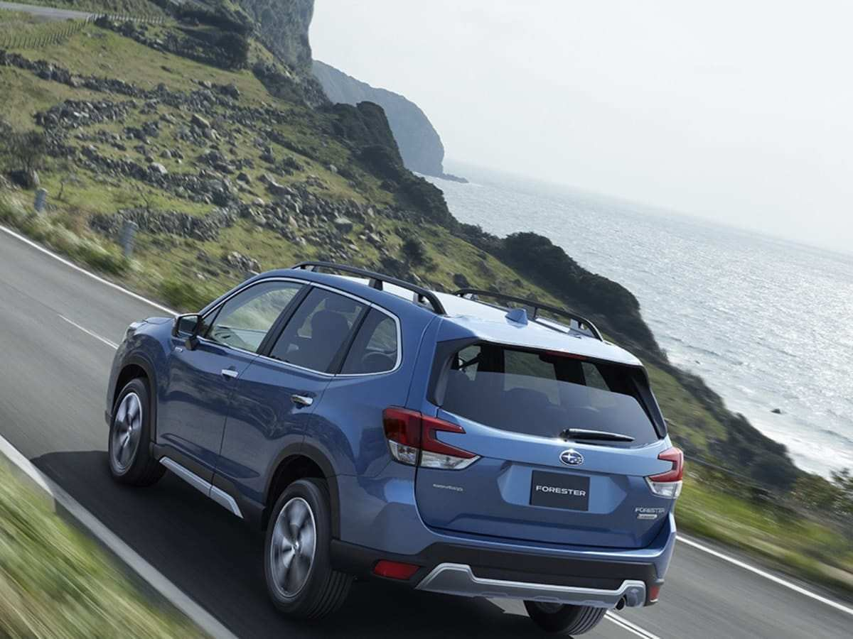 67 A Subaru Forester 2019 Hybrid Picture