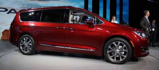 69 The Best 2020 Chrysler Town Country Awd New Model And Performance