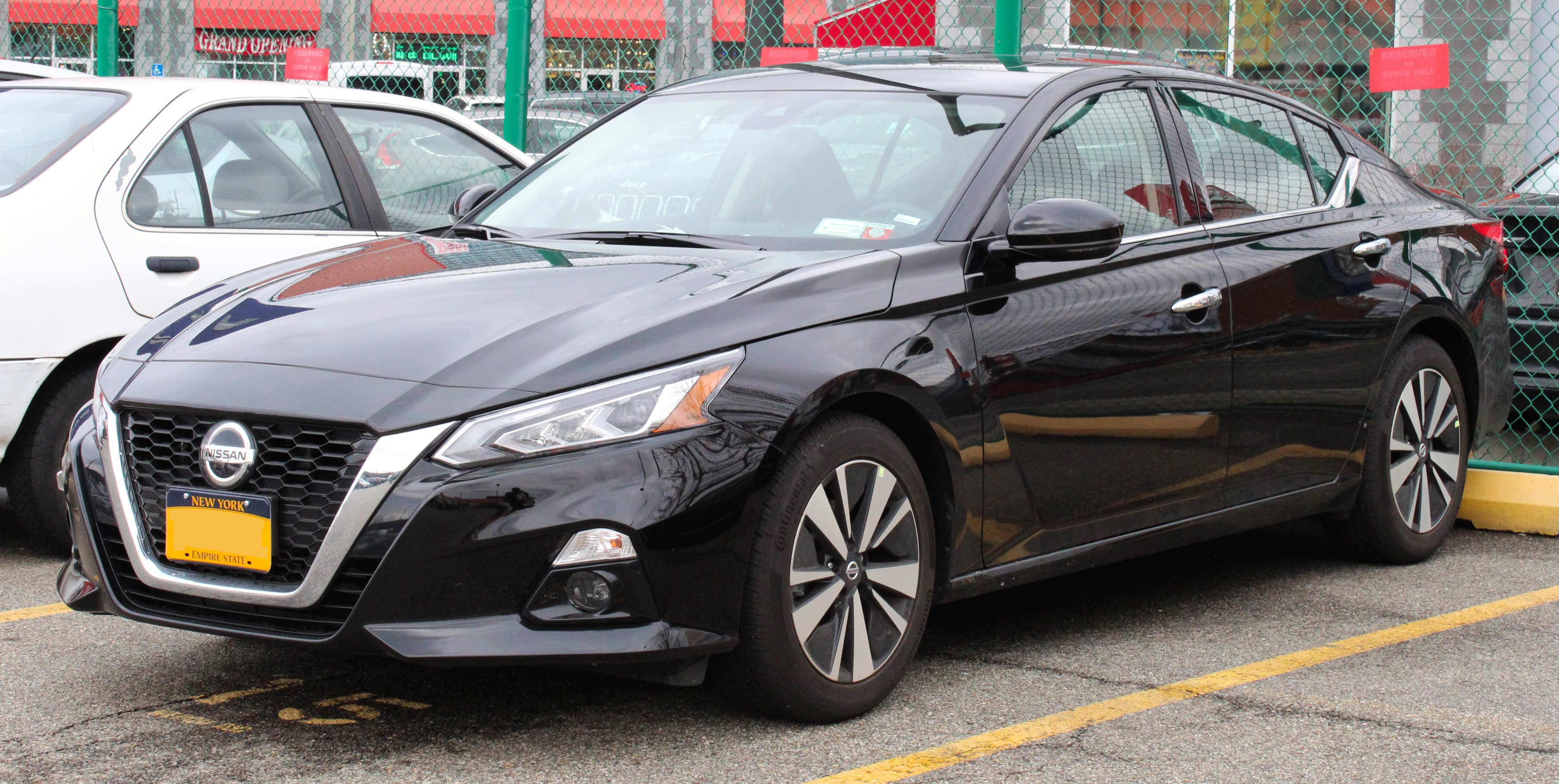 70 A 2019 Nissan Altima Coupe Exterior And Interior