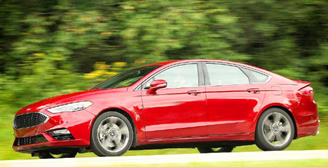 70 A 2020 Ford Fusion Energi Ratings