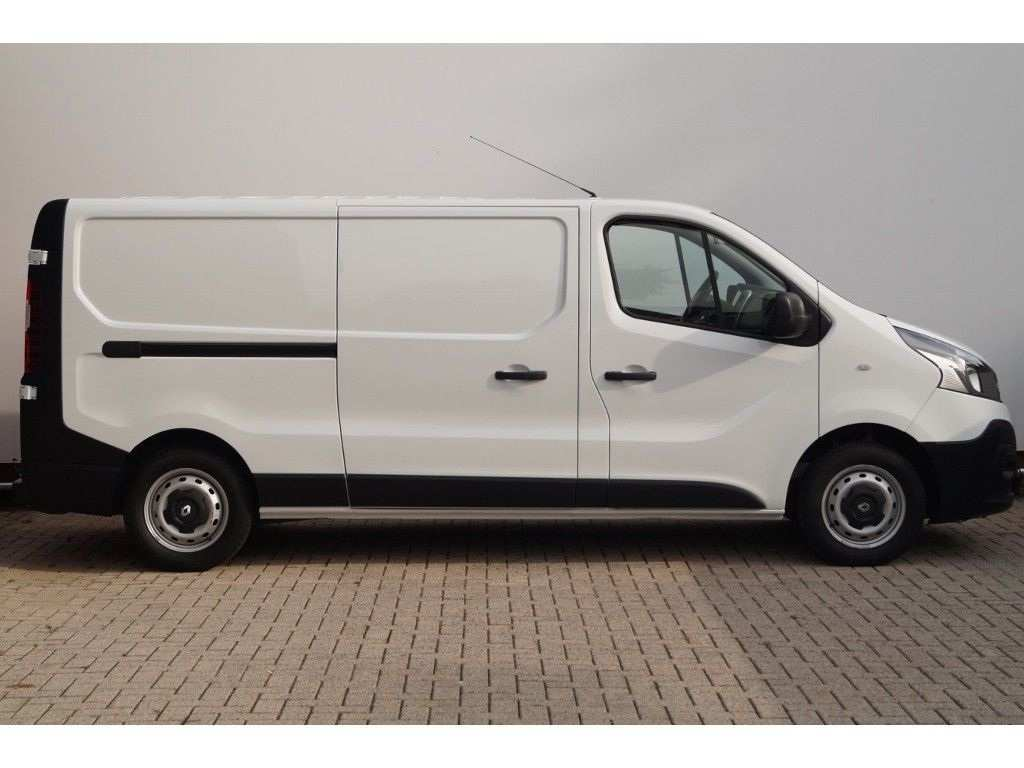 70 Best 2020 Renault Trafic Wallpaper