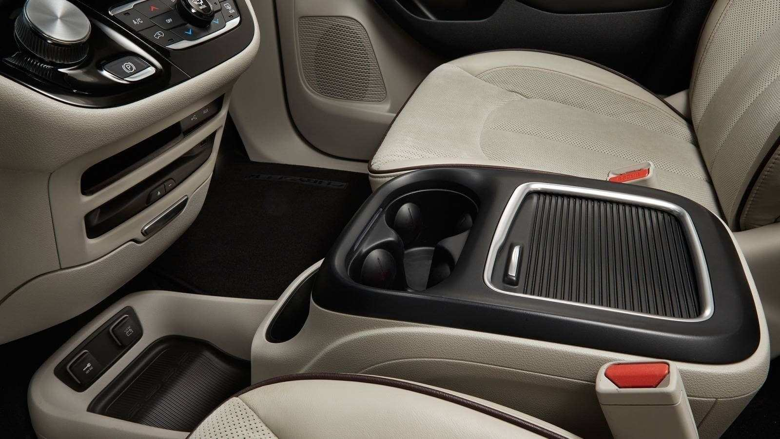 70 The Best 2019 Chrysler Town Interior