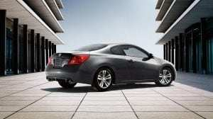 71 A 2020 Nissan Altima Coupe Ratings