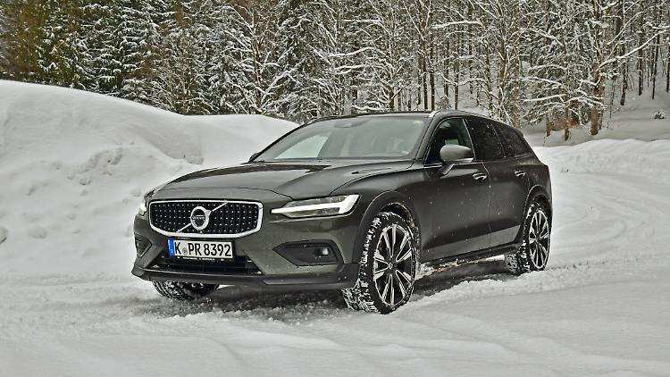 71 All New 2019 Volvo V60 Cross Country Overview