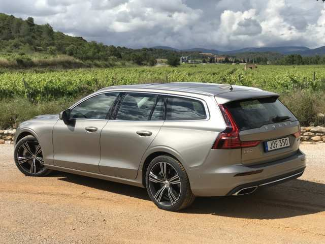 71 All New Volvo V60 2019 Dimensions Rumors