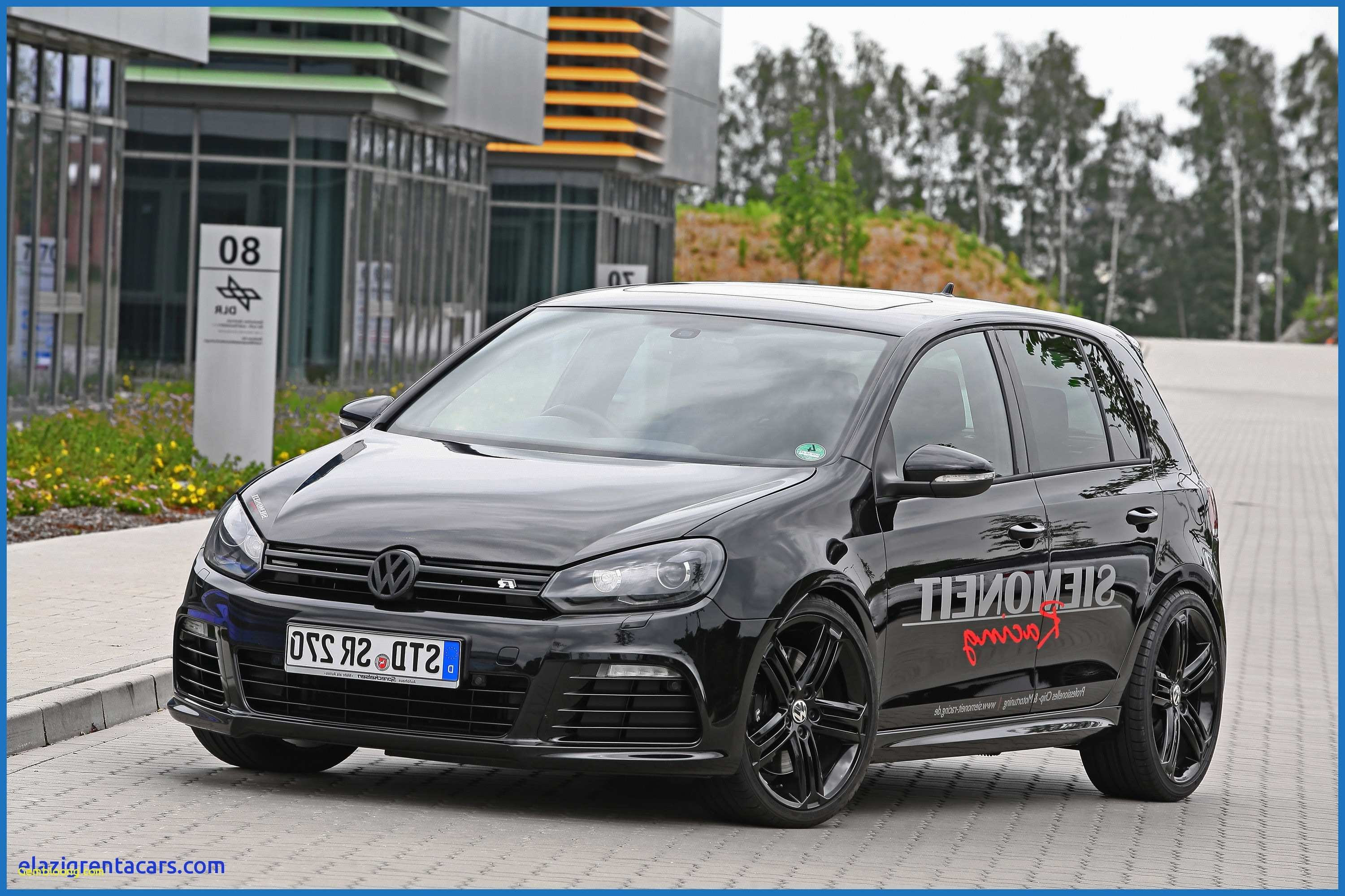 71 New 2020 VW Golf R USA Picture