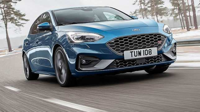 72 A 2019 Ford Focus RS Pictures
