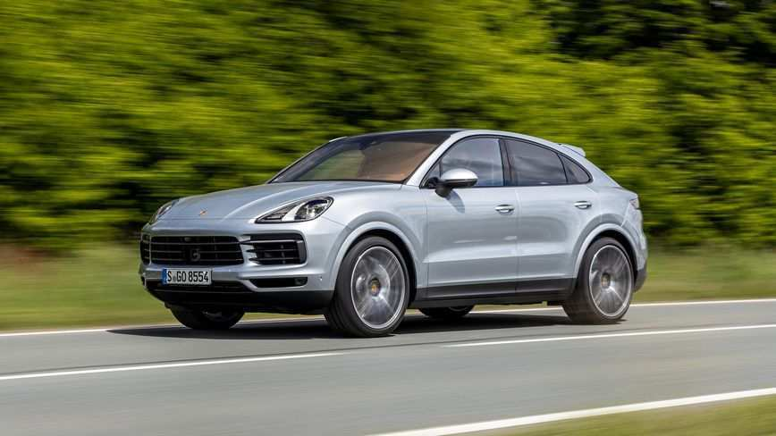 72 A 2020 Porsche Cayenne Turbo S Picture