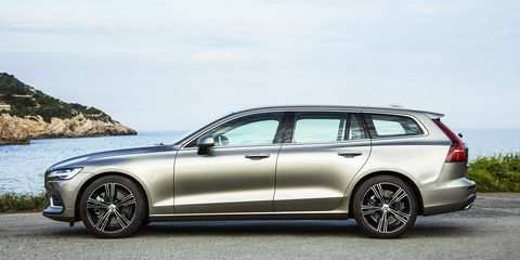 72 All New Volvo 2019 Station Wagon Spy Shoot