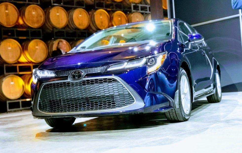 72 The 2020 Toyota Avensis History