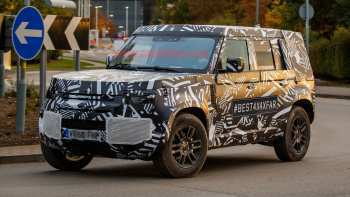 73 A 2020 Land Rover LR4 Spesification