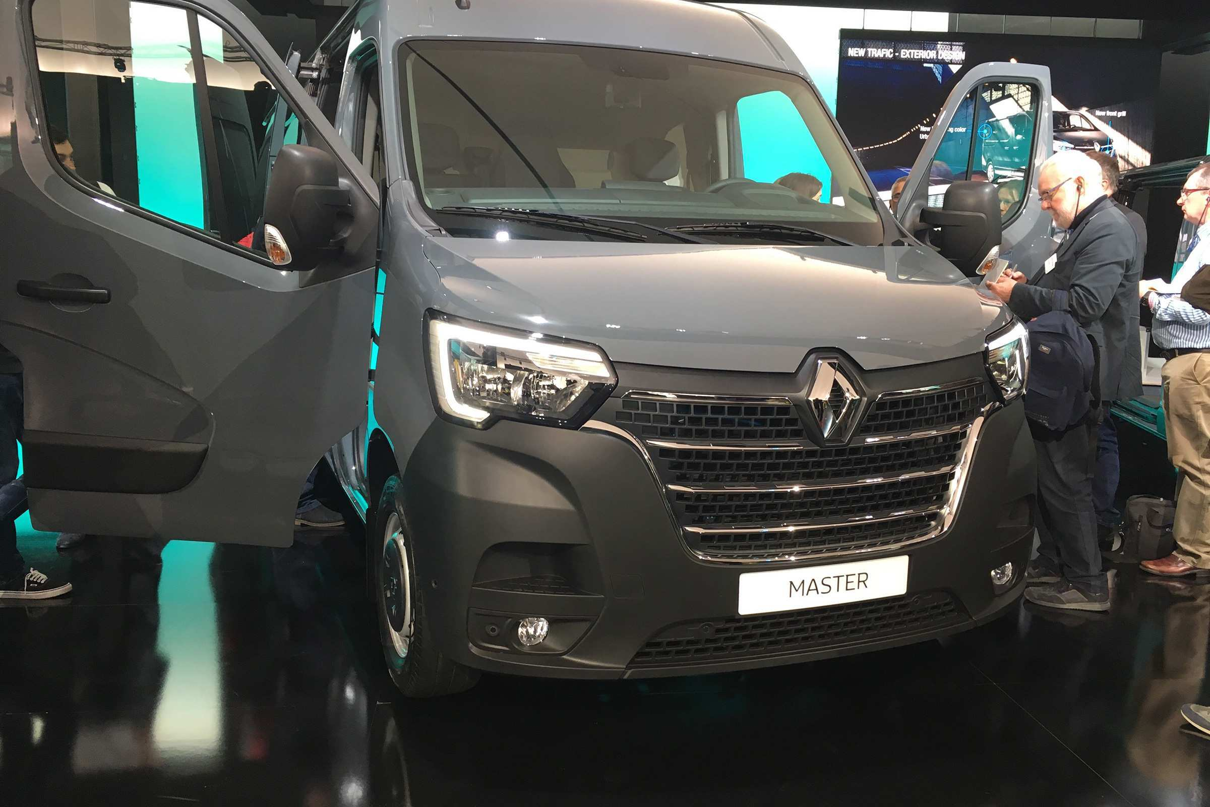73 All New 2019 Renault Trafic Redesign And Review