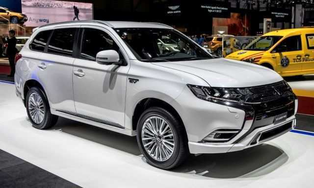 74 A 2020 Mitsubishi Outlander Phev Range Price And Release Date