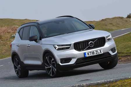 74 A Volvo 2019 Xc40 Review Photos