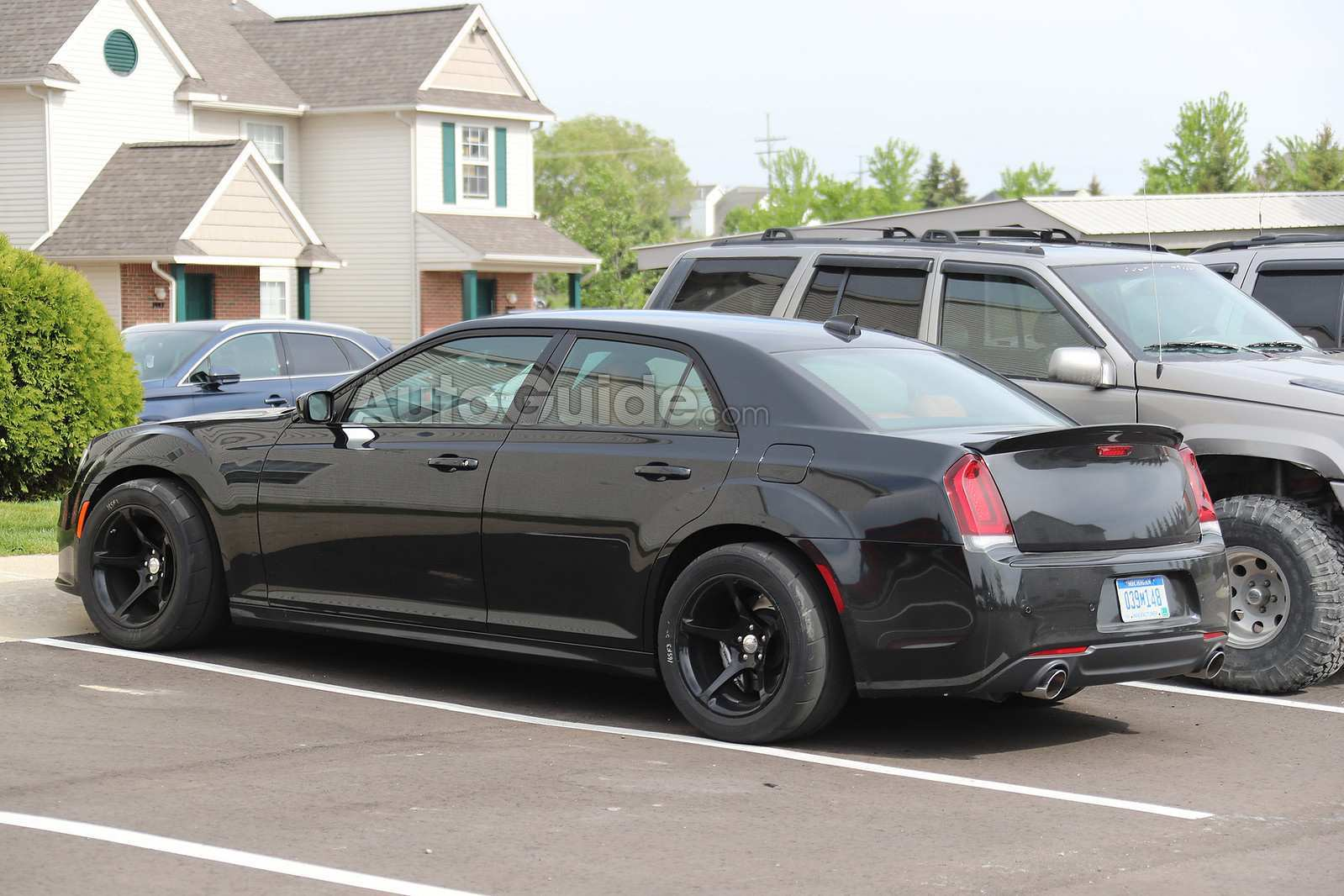 75 A 2019 Chrysler 300 Srt8 Research New