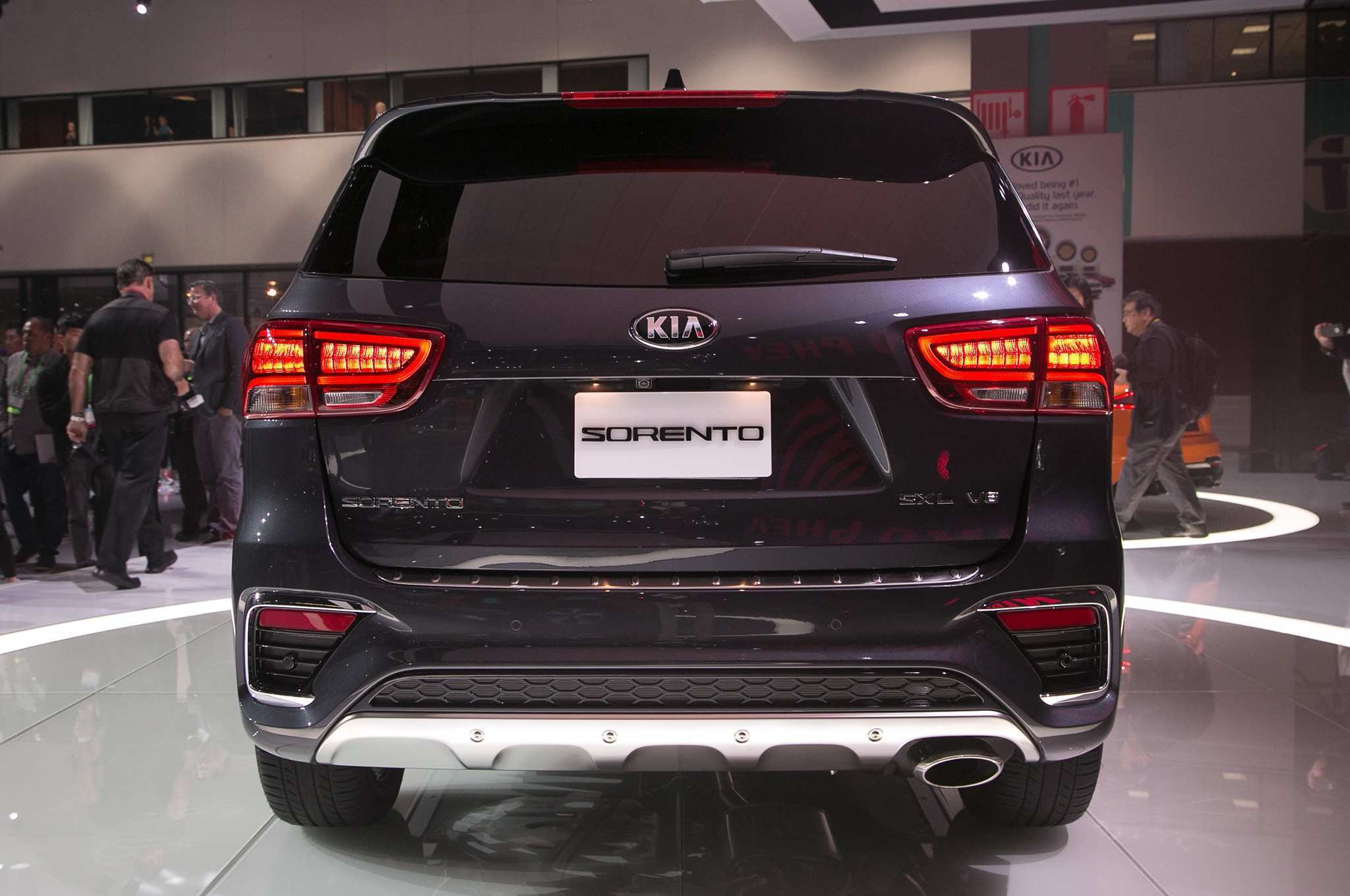 75 A 2019 Kia Mohave Exterior And Interior