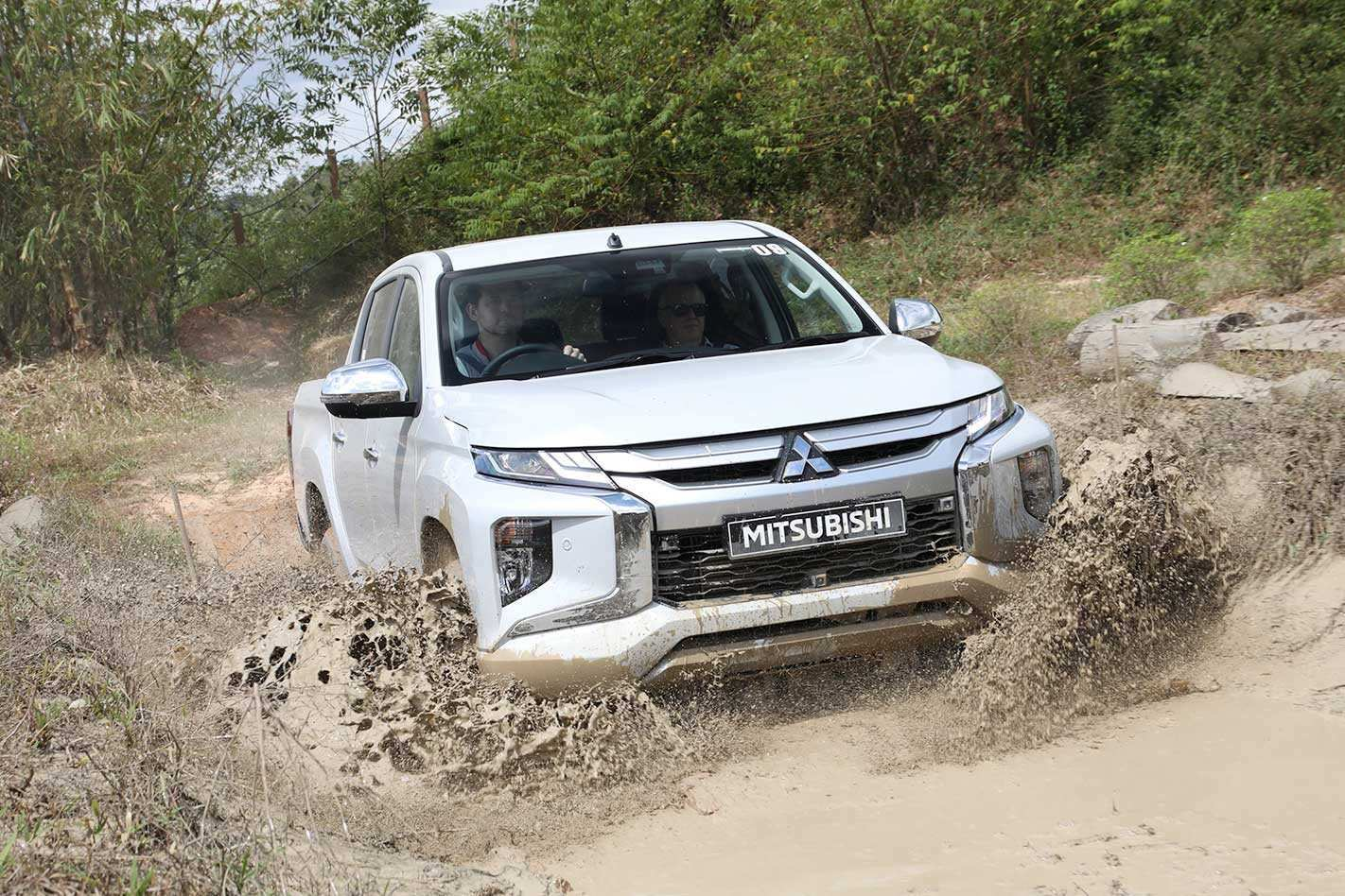 75 A 2019 Mitsubishi Triton Concept and Review